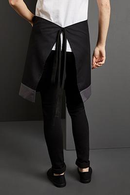 Contrast Short Apron, Black/Graphite
